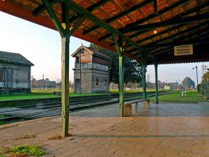 lujan_pueblos_cortinez_estacion_ferrocarril_desde_anden
